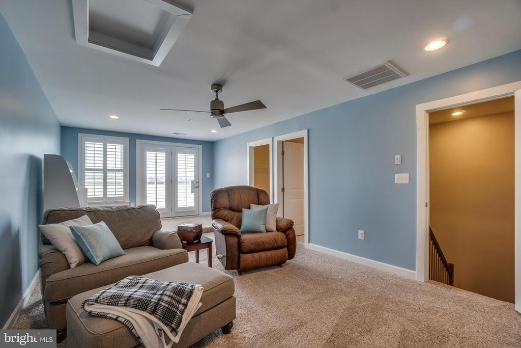 Cozy and private setting room/relaxing 4rth floor - 20668 DUXBURY TER, ASHBURN