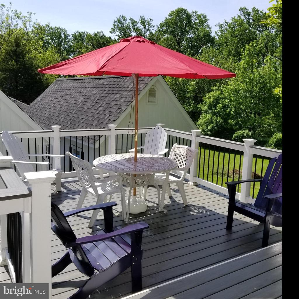 Deck off Master bedroom - 5439 SHOOKSTOWN RD, FREDERICK