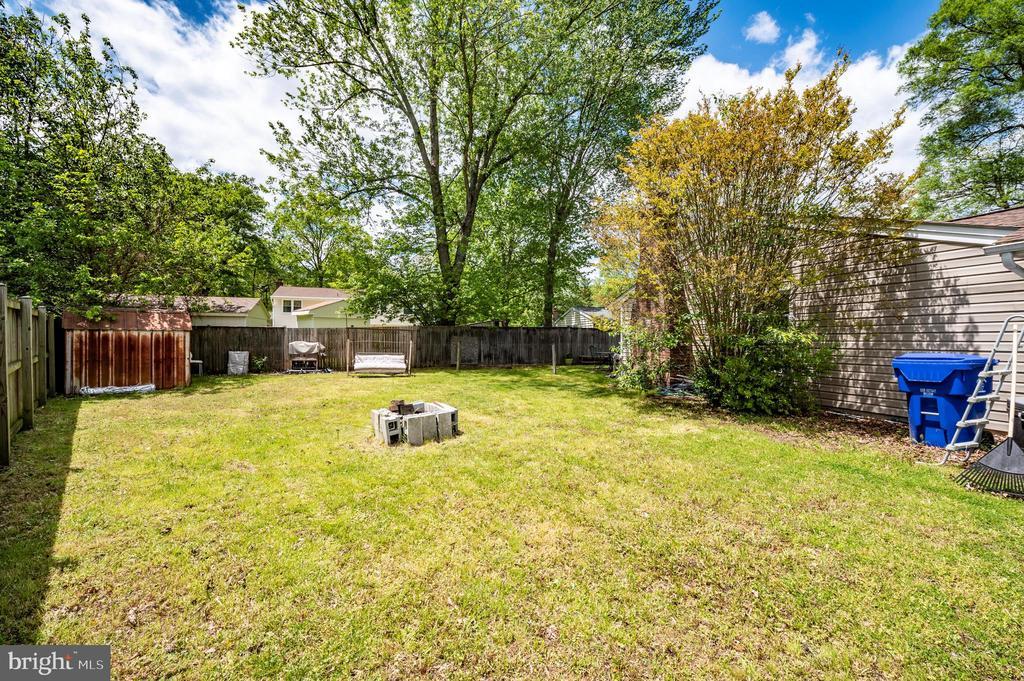 Backyard - 2318 PINEFIELD RD, WALDORF