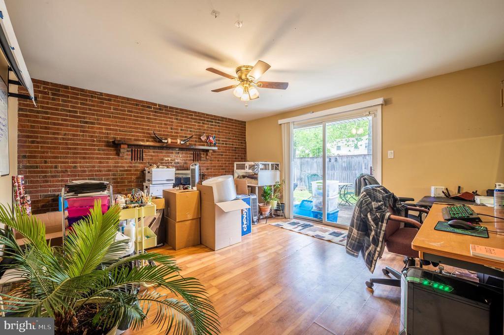 Family Room - 2318 PINEFIELD RD, WALDORF
