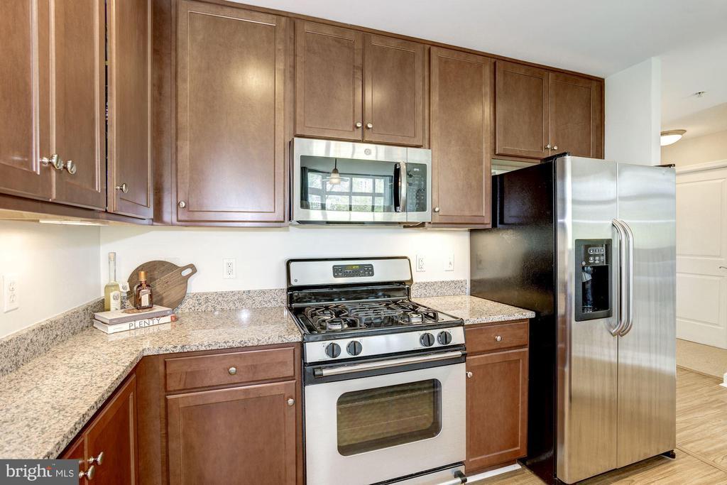 Gas cooking - 1000 N RANDOLPH ST #310, ARLINGTON