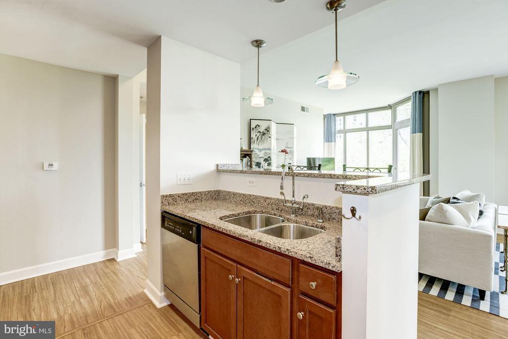 Flooring replaced in 2019 - 1000 N RANDOLPH ST #310, ARLINGTON