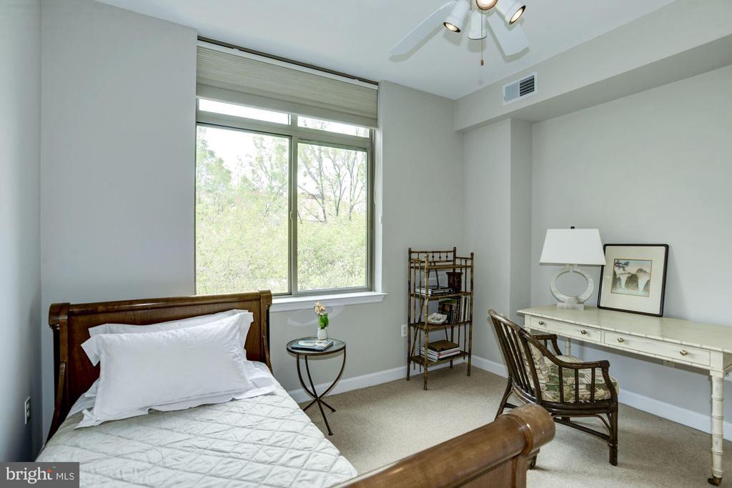 Bedroom #2 - 1000 N RANDOLPH ST #310, ARLINGTON