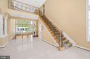 ELEGANT STAIRCASE WITH IRON SPINDLES - 11010 SHERIDAN DR, SPOTSYLVANIA
