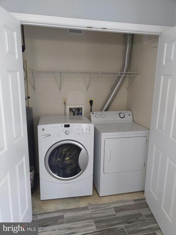 Washer/Dryer - 207 54TH ST NE, WASHINGTON