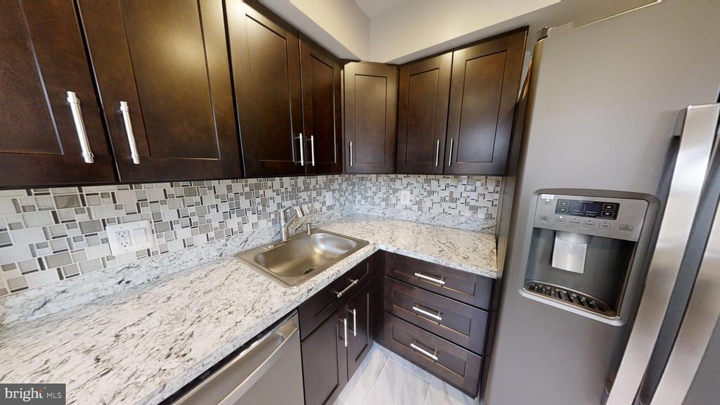 Kitchen Refrigerator - 2646 BIRNEY PLACE SE SE #201, WASHINGTON