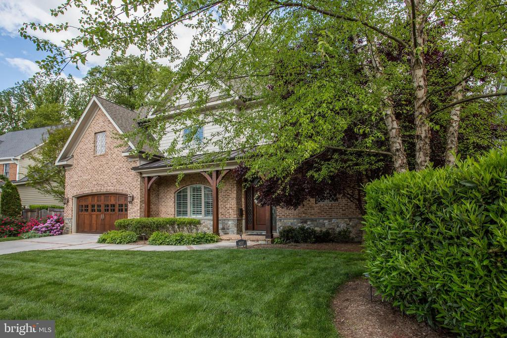 beautifully maintained home with desirable updates - 6537 36TH ST N, ARLINGTON