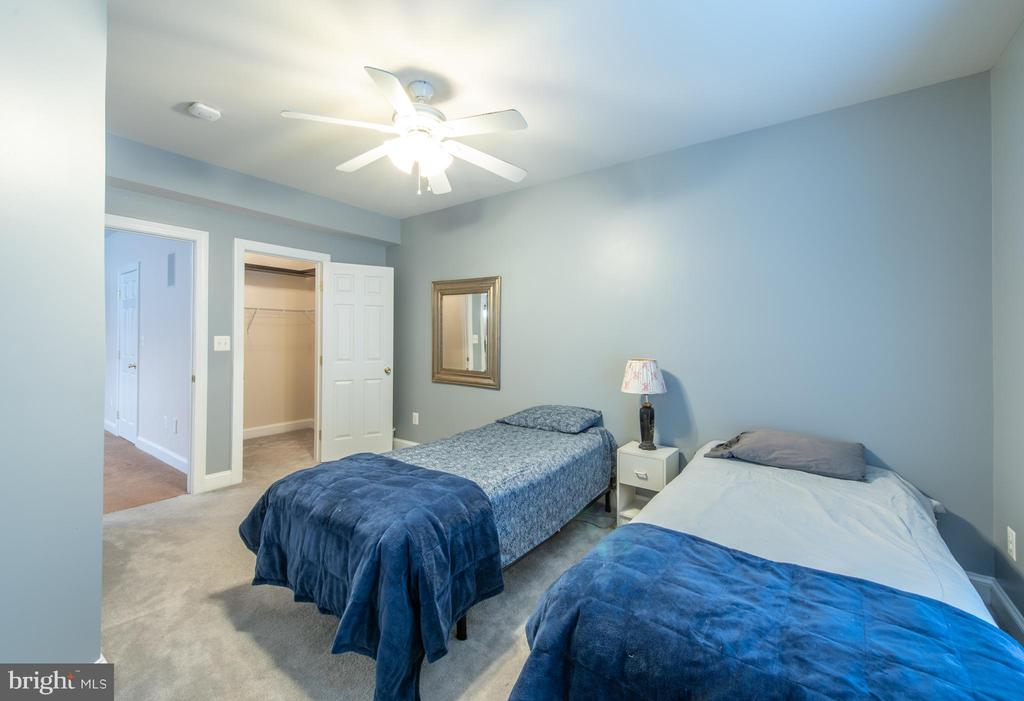 Basement  bedroom #2 - 27531 PADDOCK TRAIL PL, CHANTILLY