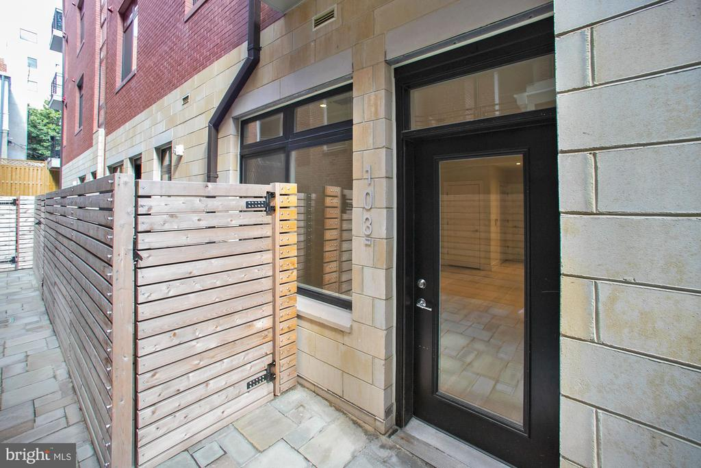 Private entrance for #103 - 1745 N ST NW #103, WASHINGTON