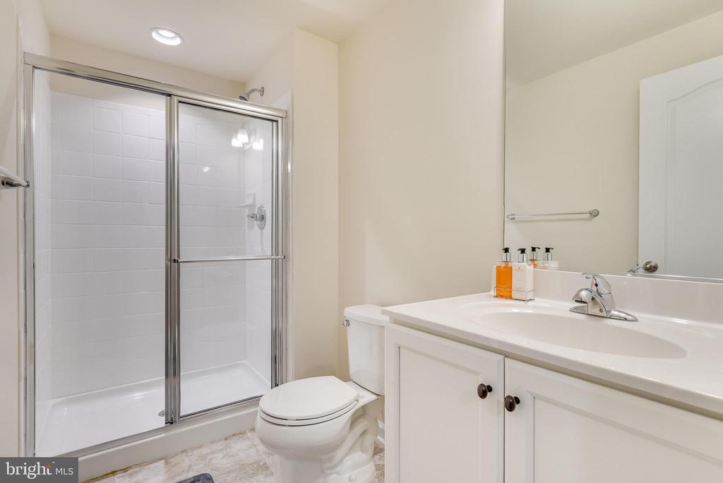 Lower level also includes full bath w/ walk-in - 440 FLIGHT O ARROWS WAY, MARTINSBURG