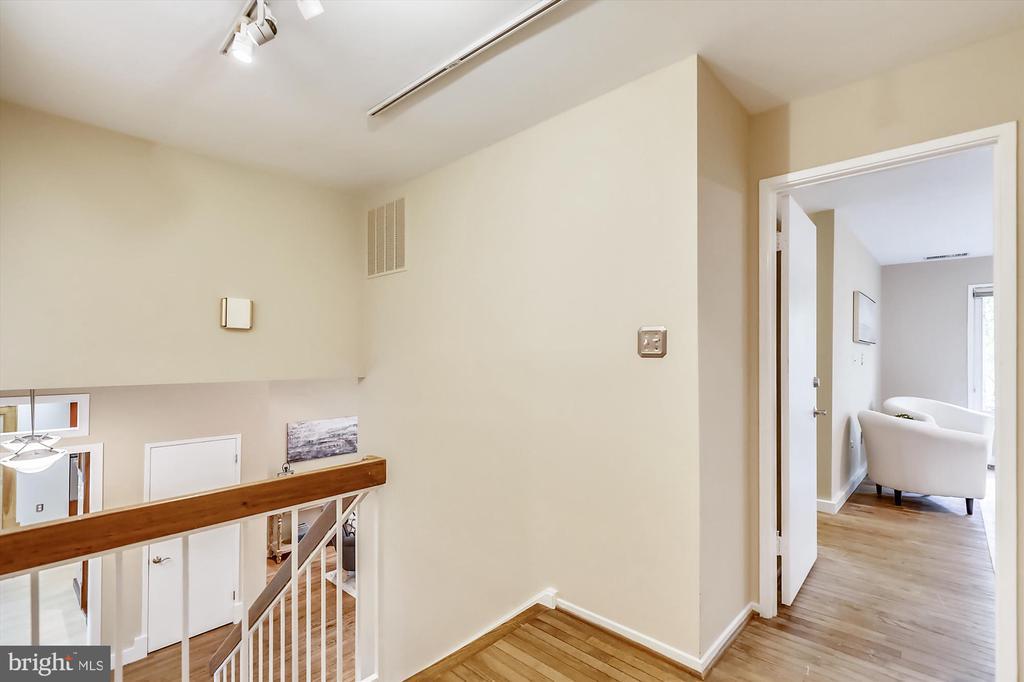Upper Level Hallway - 6604 PERSIMMON TREE RD, BETHESDA