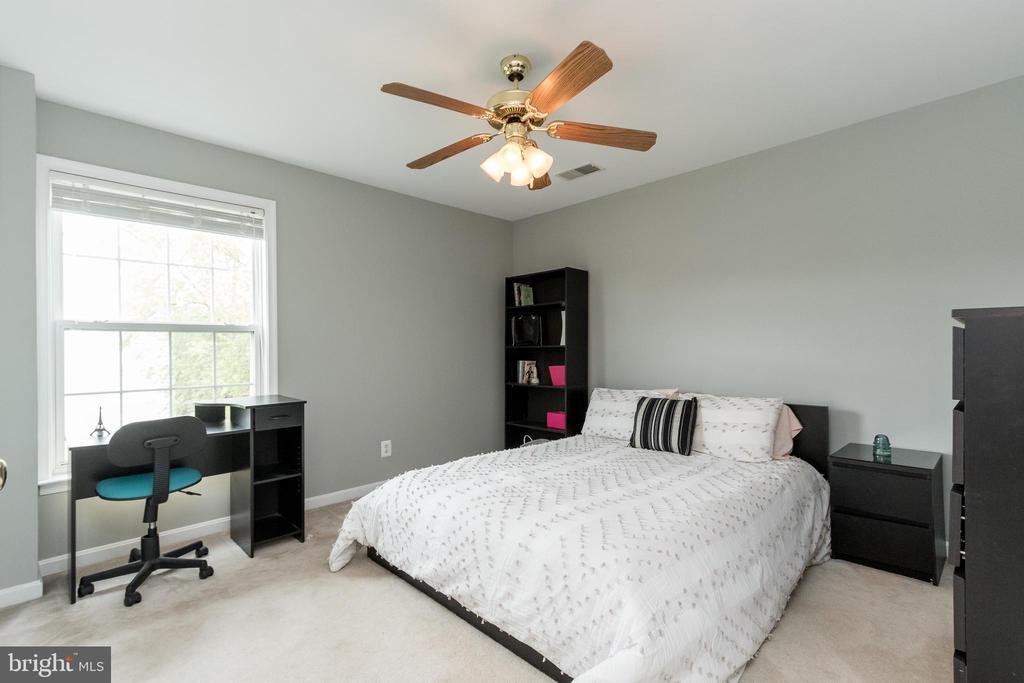 Bedroom 5 - 43777 PARAMOUNT PL, CHANTILLY