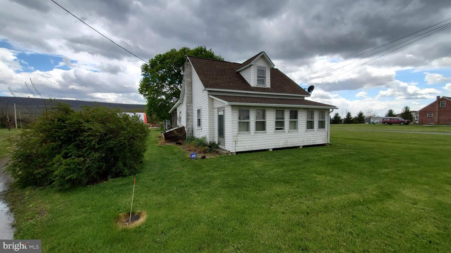 Single Family Homes for Sale at Gratz, Pennsylvania 17030 United States