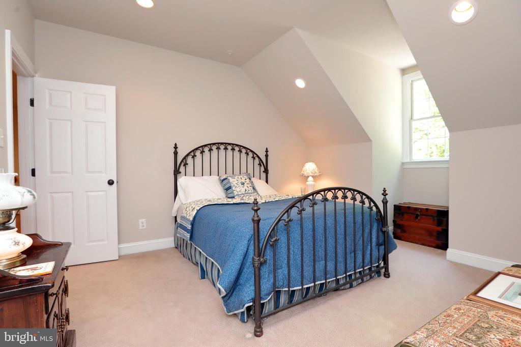Bedroom #3 - 9600 TERRI DR, LA PLATA