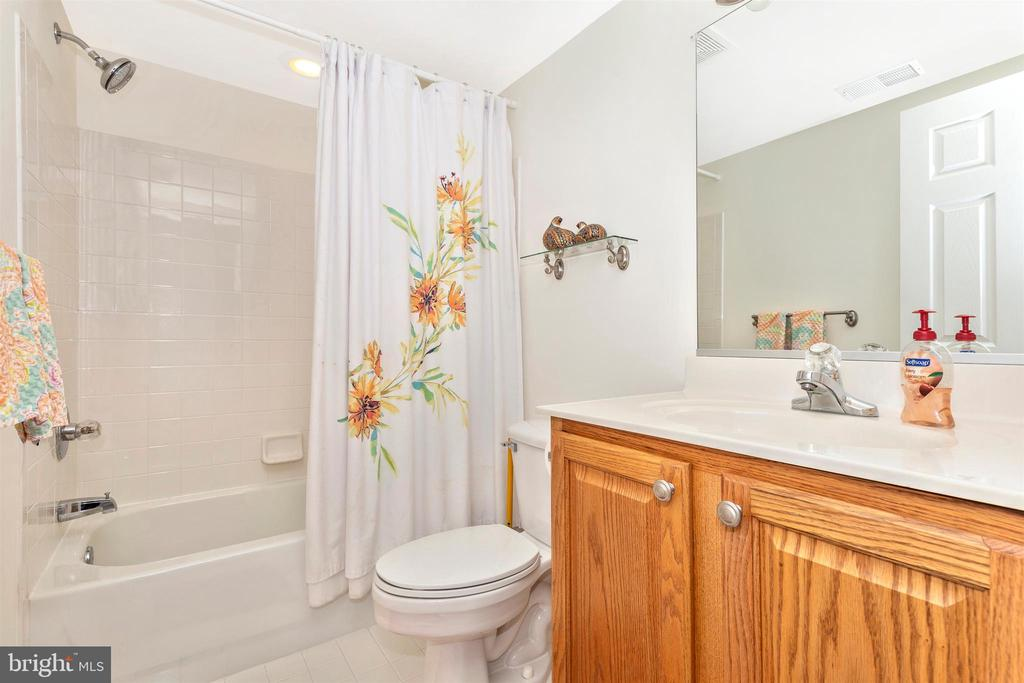 Lower Level Bathroom - 3639 WHEAT MILLER DR, MOUNT AIRY