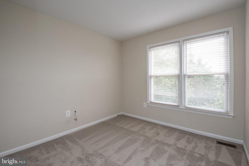 Master bedroom - 14090 RED RIVER DR, CENTREVILLE