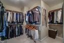 Enormous custom closet in master suite - 26022 GLASGOW DR, CHANTILLY
