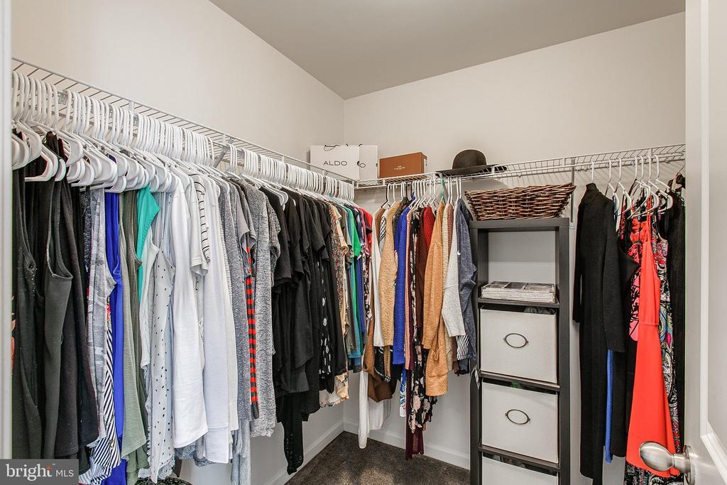 Master closet - 2004 TRUETT WAY, FREDERICK