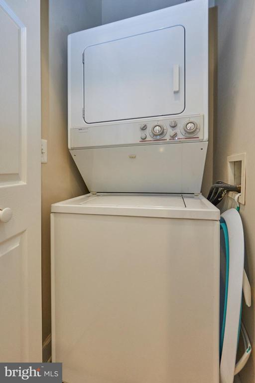 Washer & Dryer in unit - 1320 N WAYNE ST #301, ARLINGTON