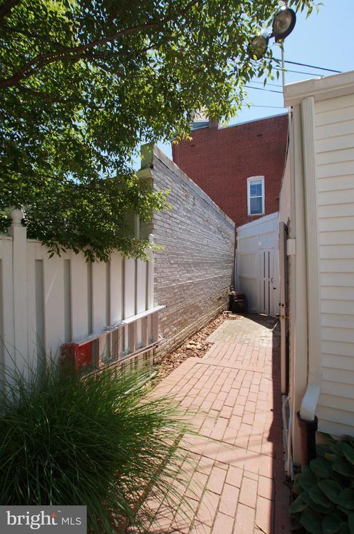 Patio access to the alley and garage - 719 NORTH CAROLINA AVE SE, WASHINGTON