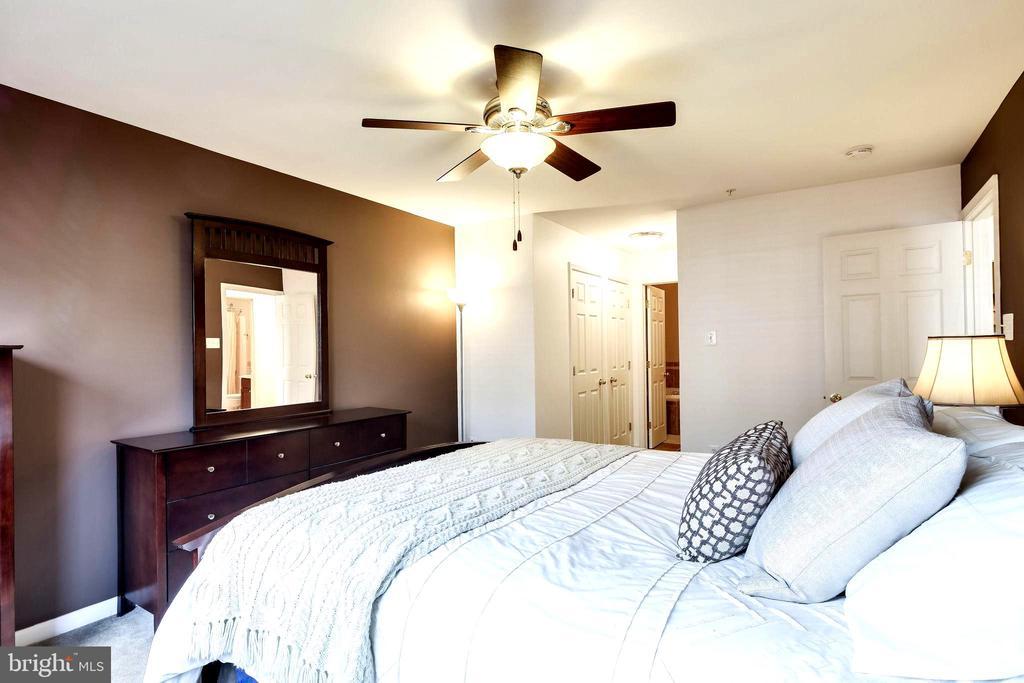 Bedroom # 2 - 7109 SILVERLEAF OAK RD #164, ELKRIDGE
