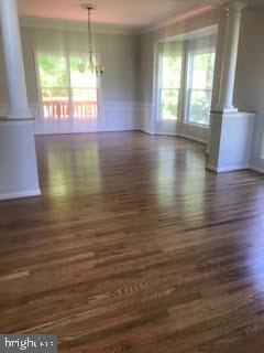 Refinished gleaming hardwood floors dining room - 2 KINGSLEY CT, STAFFORD