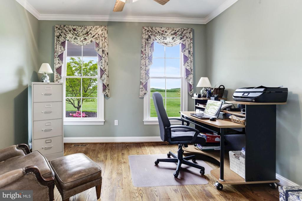 Study/Home Office - 6655 DETRICK RD, MOUNT AIRY