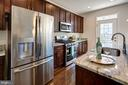 GE stainless steel appliances with gas cooking! - 116 WATERLINE CT, ANNAPOLIS