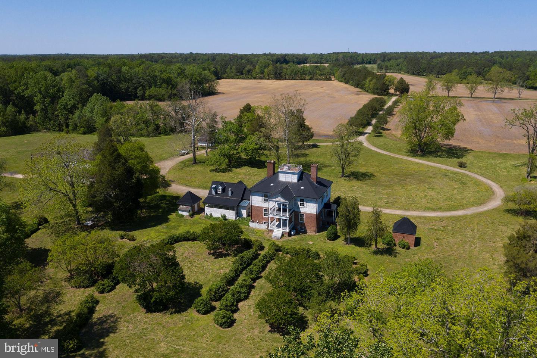 Single Family Homes のために 売買 アット Hartfield, バージニア 23071 アメリカ
