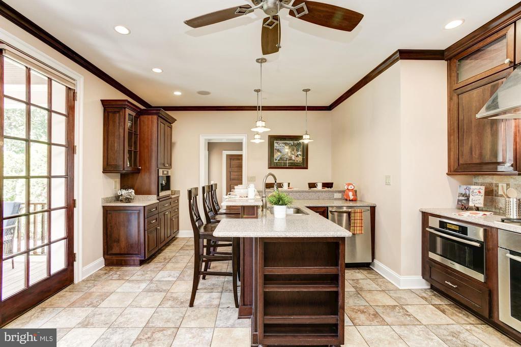 Elegant, functional kitchen - 2 CUMBERLAND CT, ANNAPOLIS