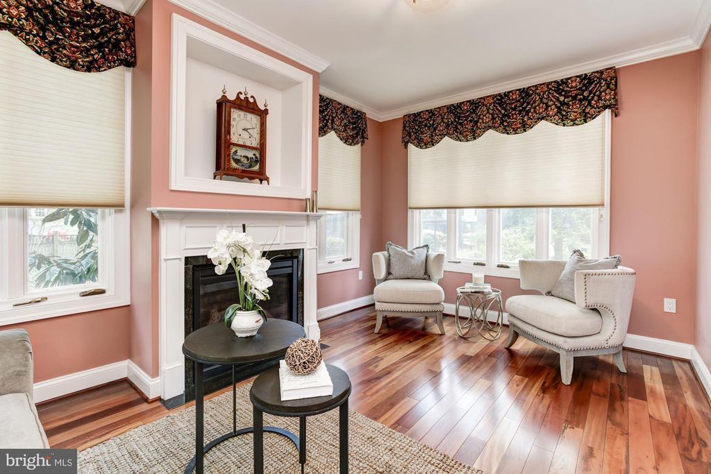 Living room - 2 CUMBERLAND CT, ANNAPOLIS