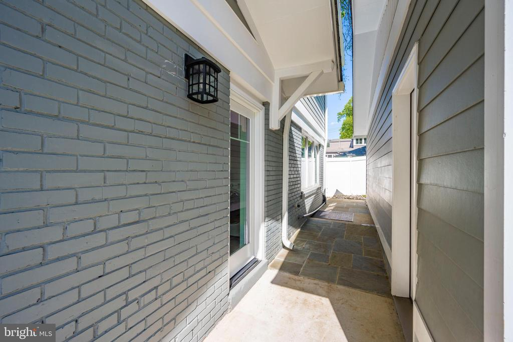 Breezeway between Garage and Mudroom - 5606 FOREST PL, BETHESDA