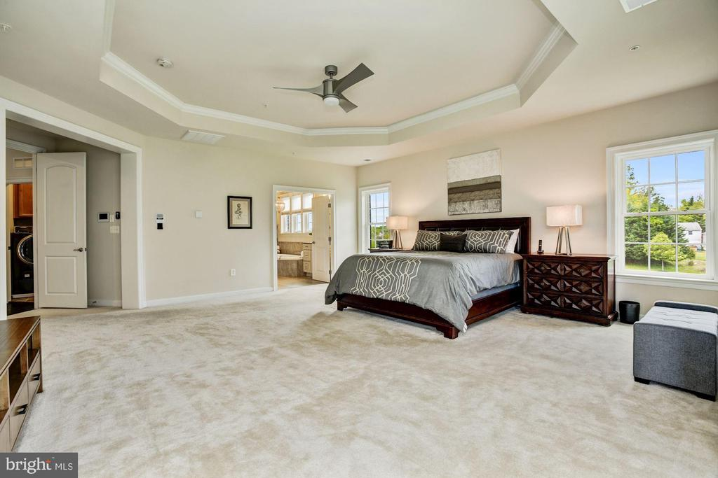Master Suite - 13029 HIGHGROVE RD, HIGHLAND