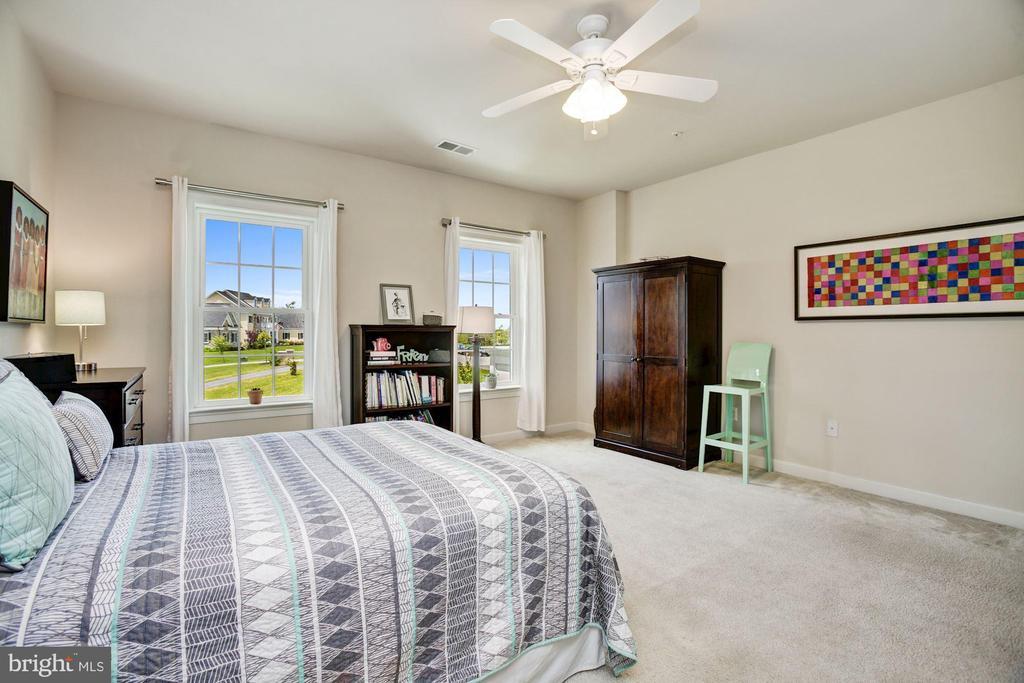 En-Suite Bedroom - 13029 HIGHGROVE RD, HIGHLAND