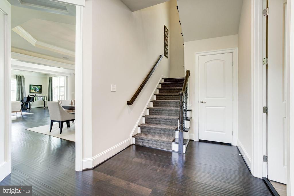 Secondary Stair & Custom Wool Runner - 13029 HIGHGROVE RD, HIGHLAND