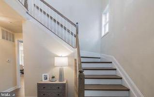Two Story Entry - 18537 TRAXELL WAY, GAITHERSBURG