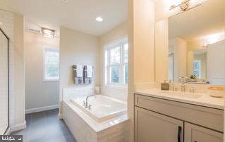 Owner's Suite Bath - 18537 TRAXELL WAY, GAITHERSBURG