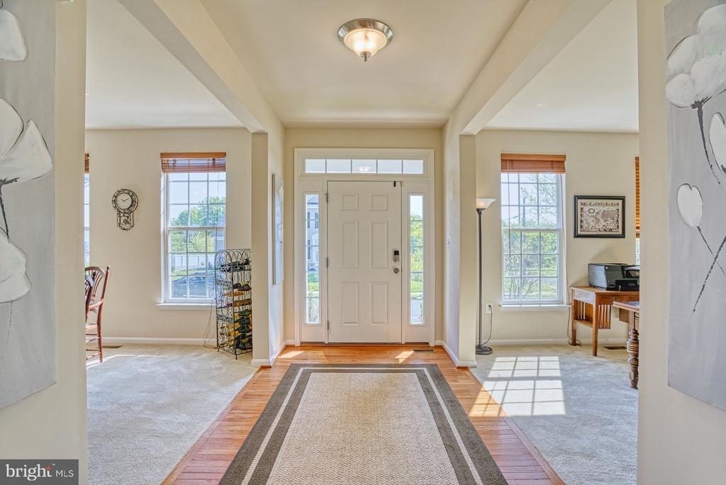 Foyer - 17663 HAMILTON HEIGHTS CT, HAMILTON