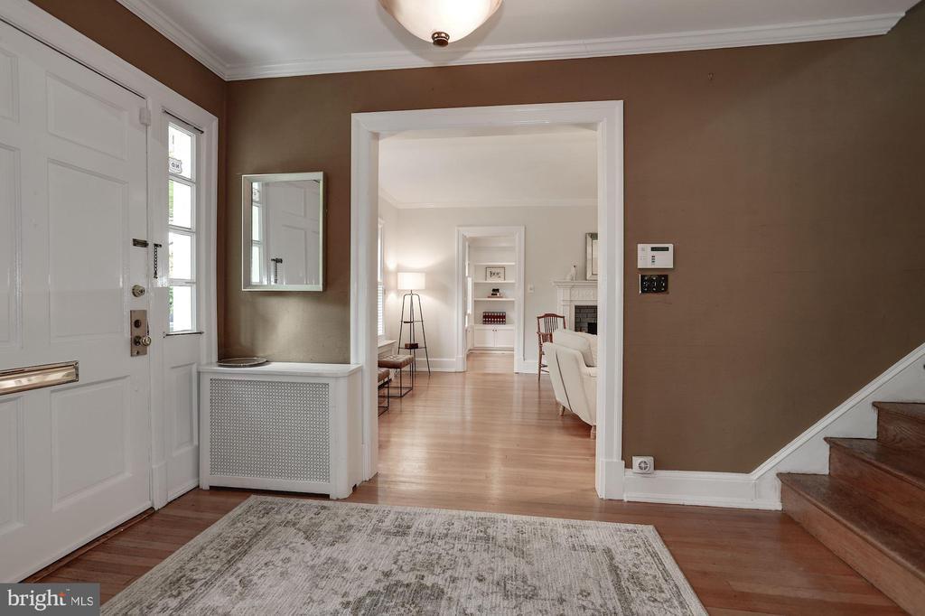 Gracious foyer - 5619 WESTERN AVE NW, WASHINGTON
