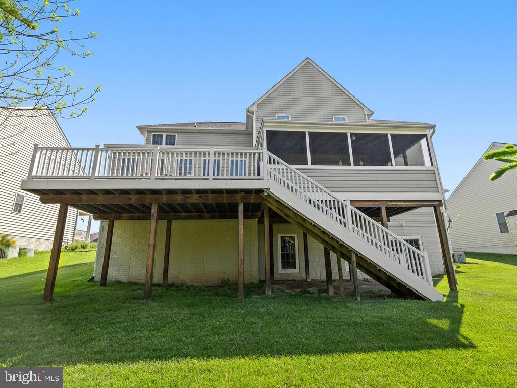 - 1902 KINGS FOREST TRL, MOUNT AIRY