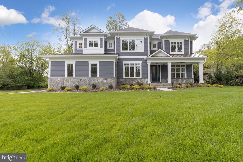 - 7601 FOSTER RD, FALLS CHURCH