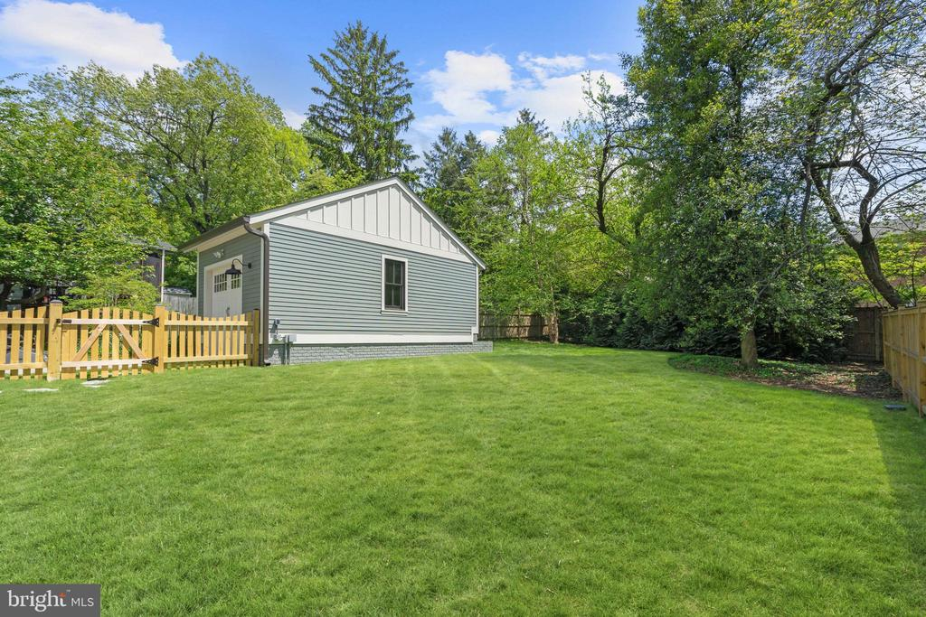 drywalled, painted garage with electricity - 4856 33RD RD N, ARLINGTON