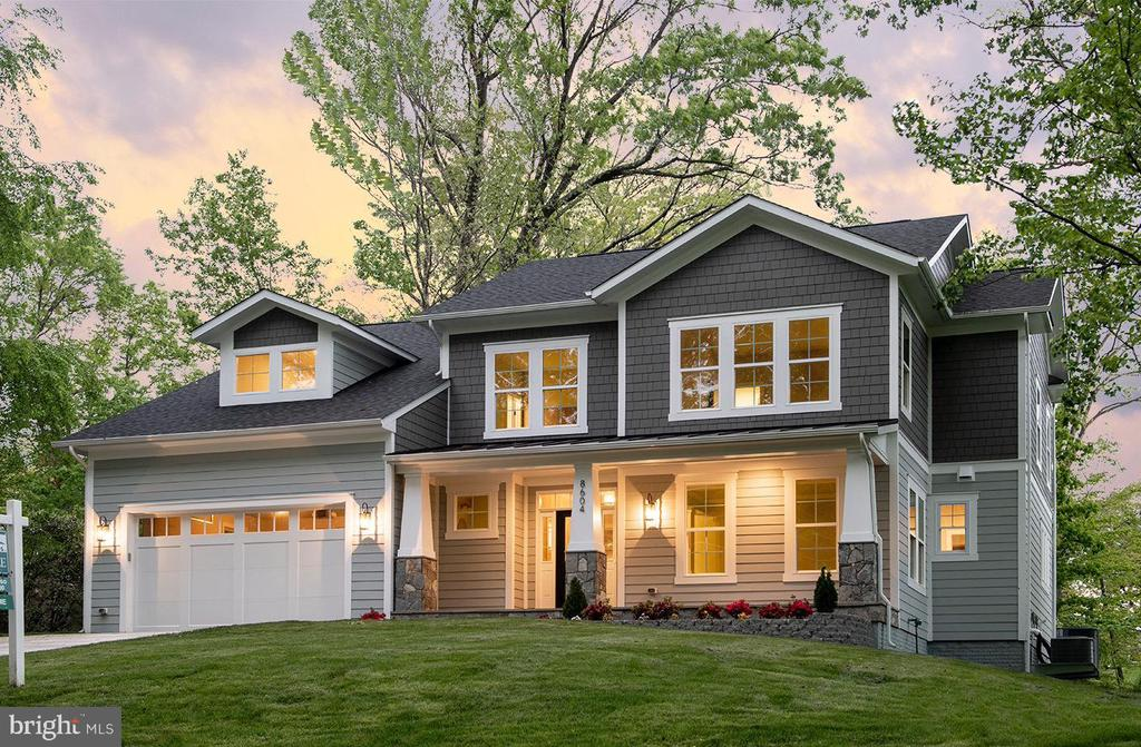 Warm inviting New Home on 1/2 acre - 8604 NORFOLK AVE, ANNANDALE
