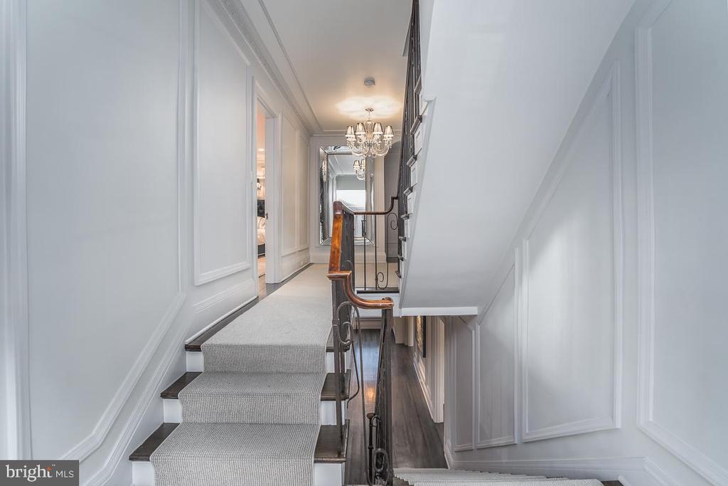 Stairway - 3600 MASSACHUSETTS AVE NW, WASHINGTON