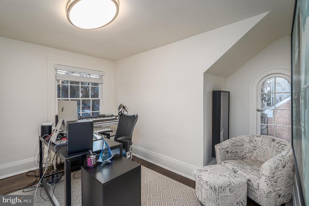 Fifth bedroom - 3600 MASSACHUSETTS AVE NW, WASHINGTON