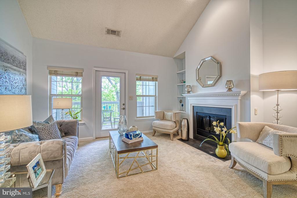 Living Room - 1720 LAKE SHORE CREST DR #34, RESTON