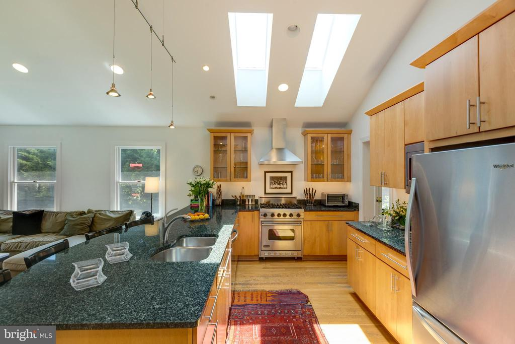 Super light and bright kitchen area - 6234 22ND RD N, ARLINGTON