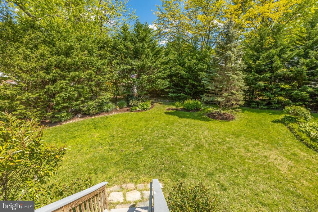 Evergreens give wonderful privacy - 6234 22ND RD N, ARLINGTON