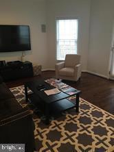 Living room - 824 N WAKEFIELD ST, ARLINGTON