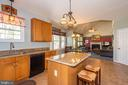 Kitchen w/ View to Family Room - 10406 FARMVIEW CT, NEW MARKET